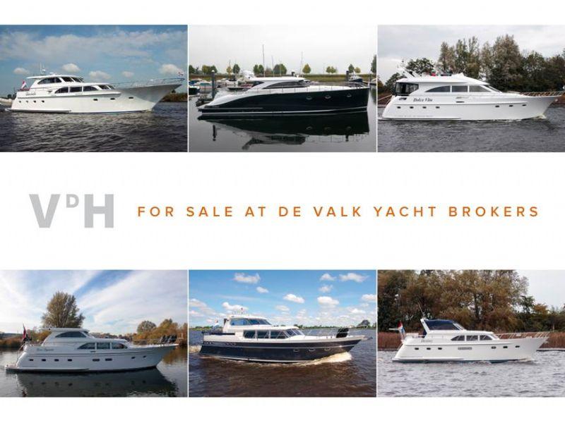 U de valk yacht brokers