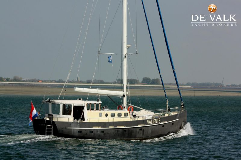 BRONSVEEN 70 FT CENTERBOARD sailing yacht for sale | De Valk Yacht