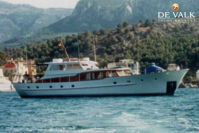 Classic Motor Yacht Brokerage