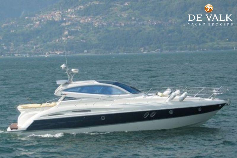 CRANCHI MEDITERRANEE 47 HT motor yacht for sale | De Valk Yacht broker