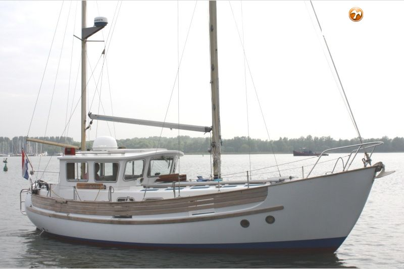 FISHER 34 sailing yacht for sale   De Valk Yacht broker