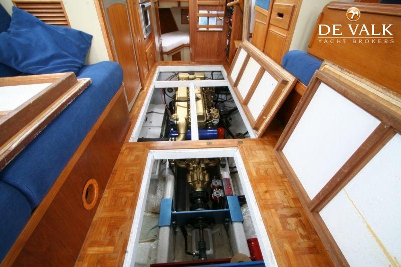 GRAND BANKS 32 motor yacht for sale | De Valk Yacht broker