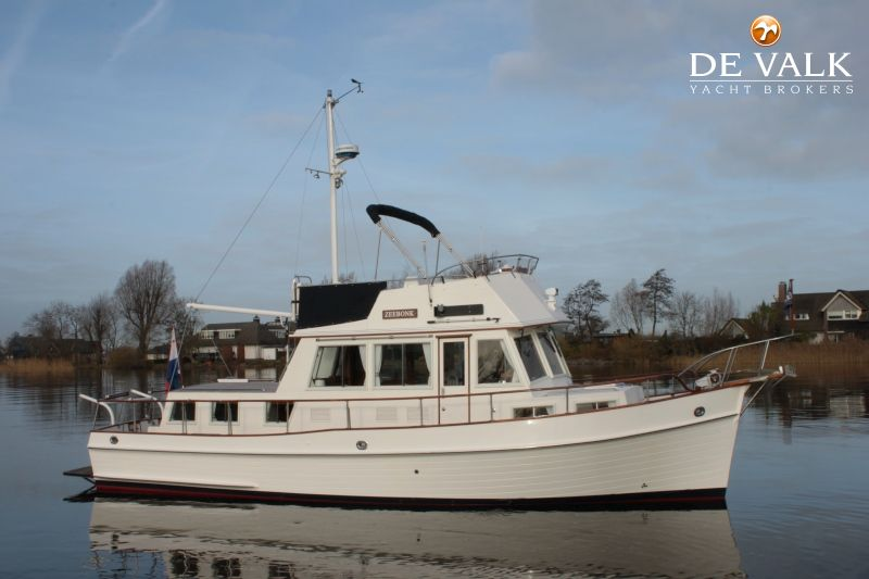 Grand banks 36 classic motor yacht for sale de valk for Grand banks motor yachts for sale