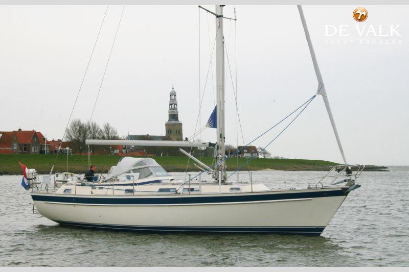 HALLBERG RASSY 39 sailing yacht for sale | De Valk Yacht broker