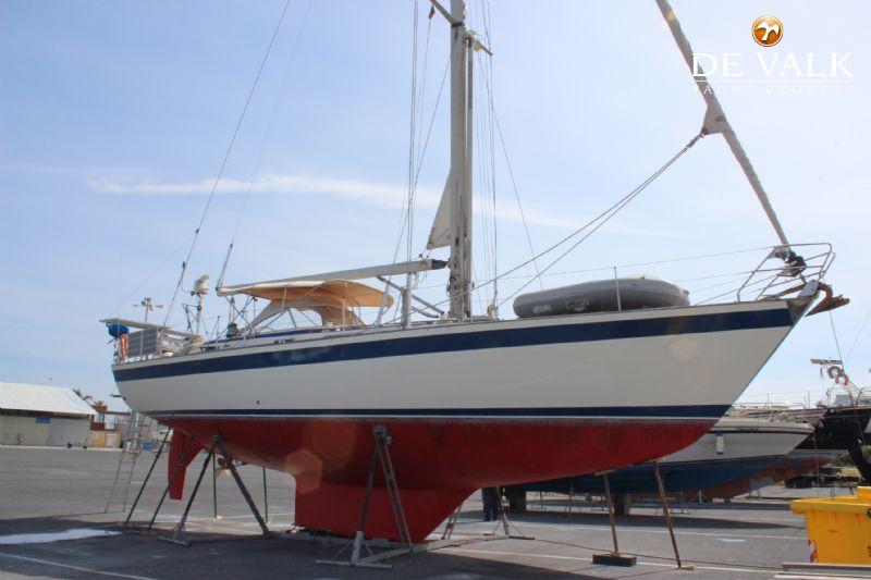 HALLBERG RASSY 45 sailing yacht for sale | De Valk Yacht broker