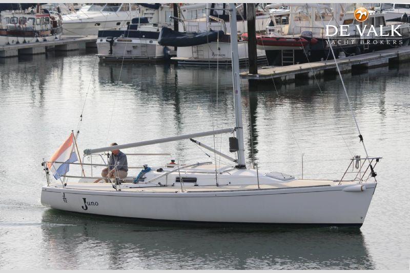J boats brokerage jobs