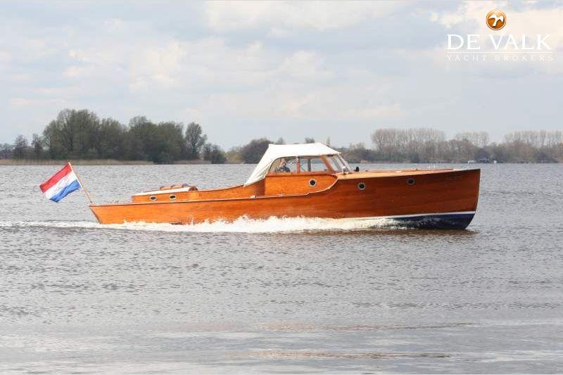 De valk yacht broker qualifications