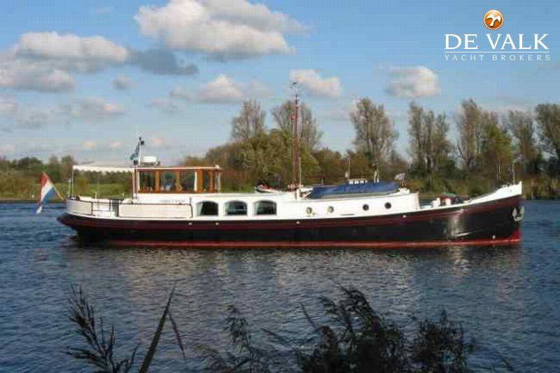 luxe motor motor yacht for sale de valk yacht broker. Black Bedroom Furniture Sets. Home Design Ideas