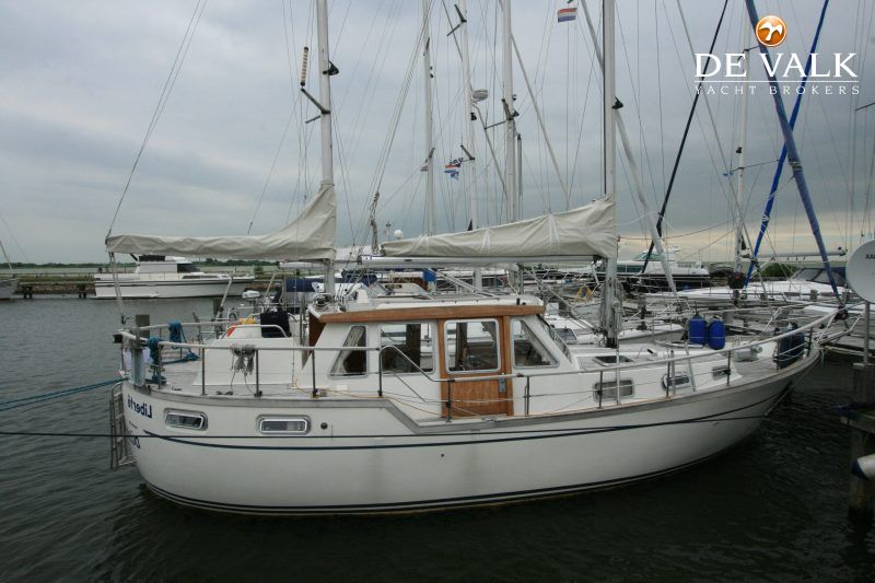 NAUTICAT 33 sailing yacht for sale | De Valk Yacht broker
