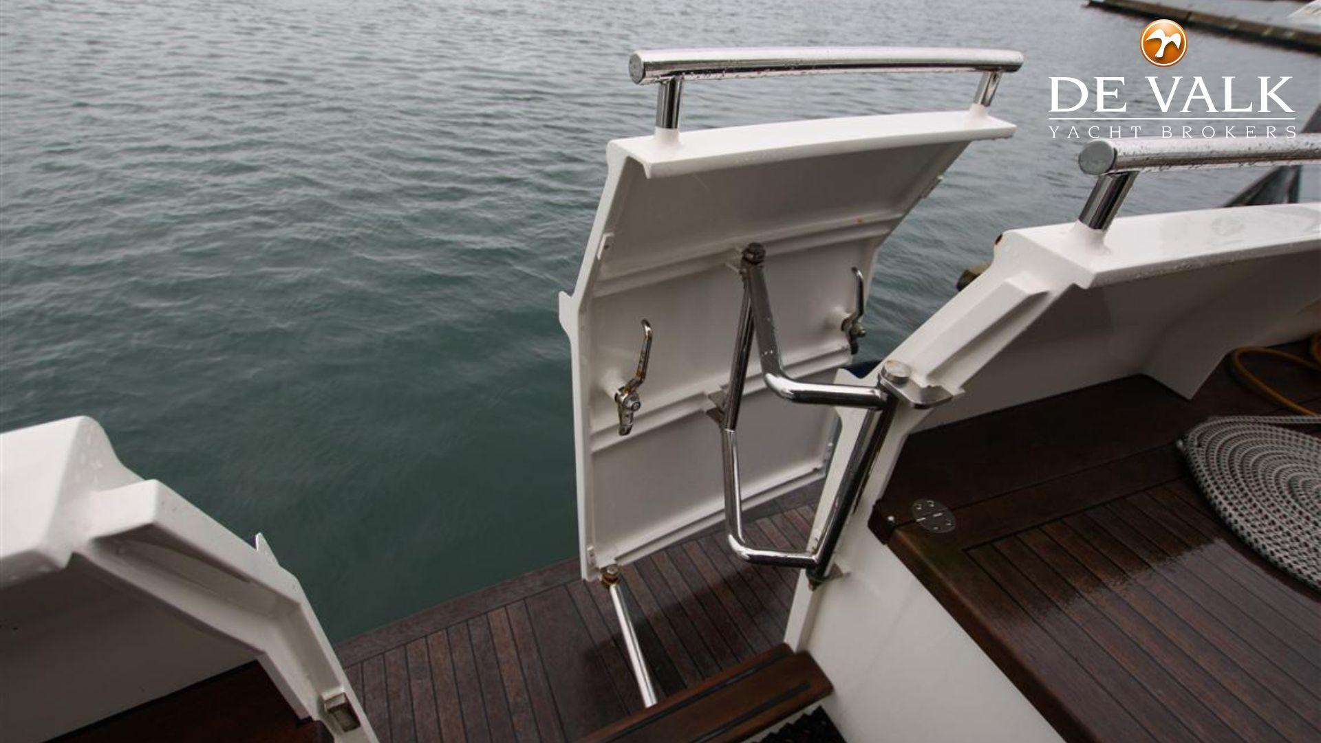 [Imagen: privateer-trawler-52-450940_8f.jpg]