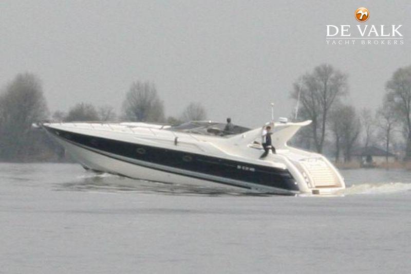 SUNSEEKER CAMARGUE 55 motor yacht for sale | De Valk Yacht
