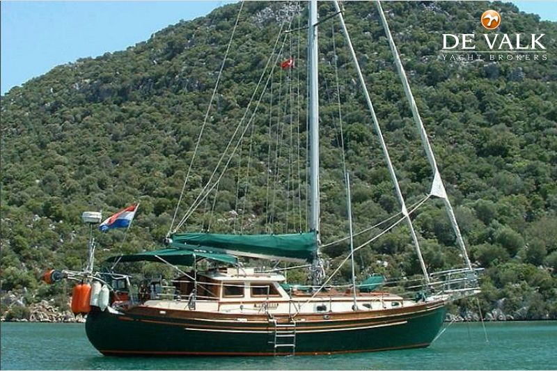 tayana 37 pilothouse 250960_1e tayana 37 pilothouse sailing yacht for sale de valk yacht broker  at soozxer.org
